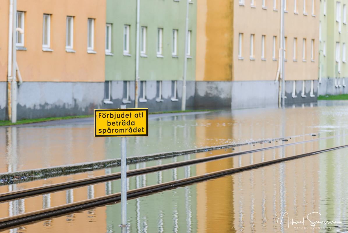 Översvämning på Göteborgsvägen, Mölndal. Foto: Mikael Svensson, www.mikaelsvensson.com