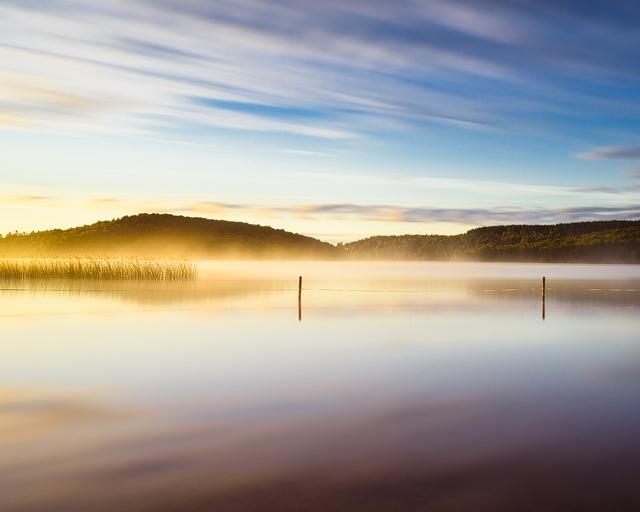 Soluppgång vid Rådasjön, Mölndal. Foto: Mikael Svensson