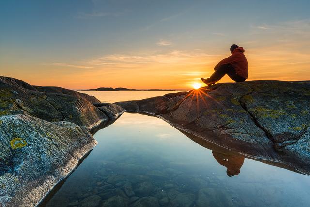 Solnedgång vid Smarholmen, Kungsbacka kommun. Foto: Mikael Svensson