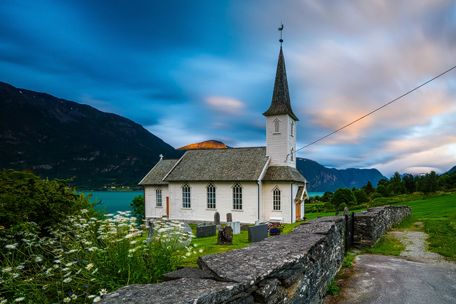 Nes, Lustrafjorden, Norge