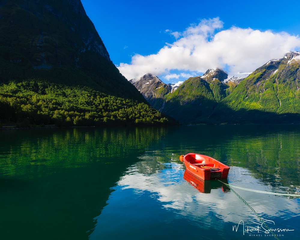 Oppstrynsvatnet, Norge. Foto: Mikael Svensson, www.mikaelsvensson.com