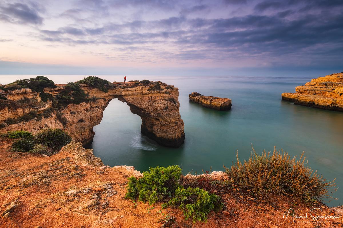 Praia de Albandeira, Algarve, Portugal.