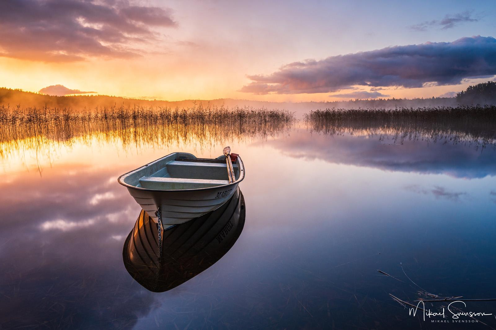 Soluppgång vid Finnsjön, Härryda kommun. Foto: Mikael Svensson , www.mikaelsvensson.com