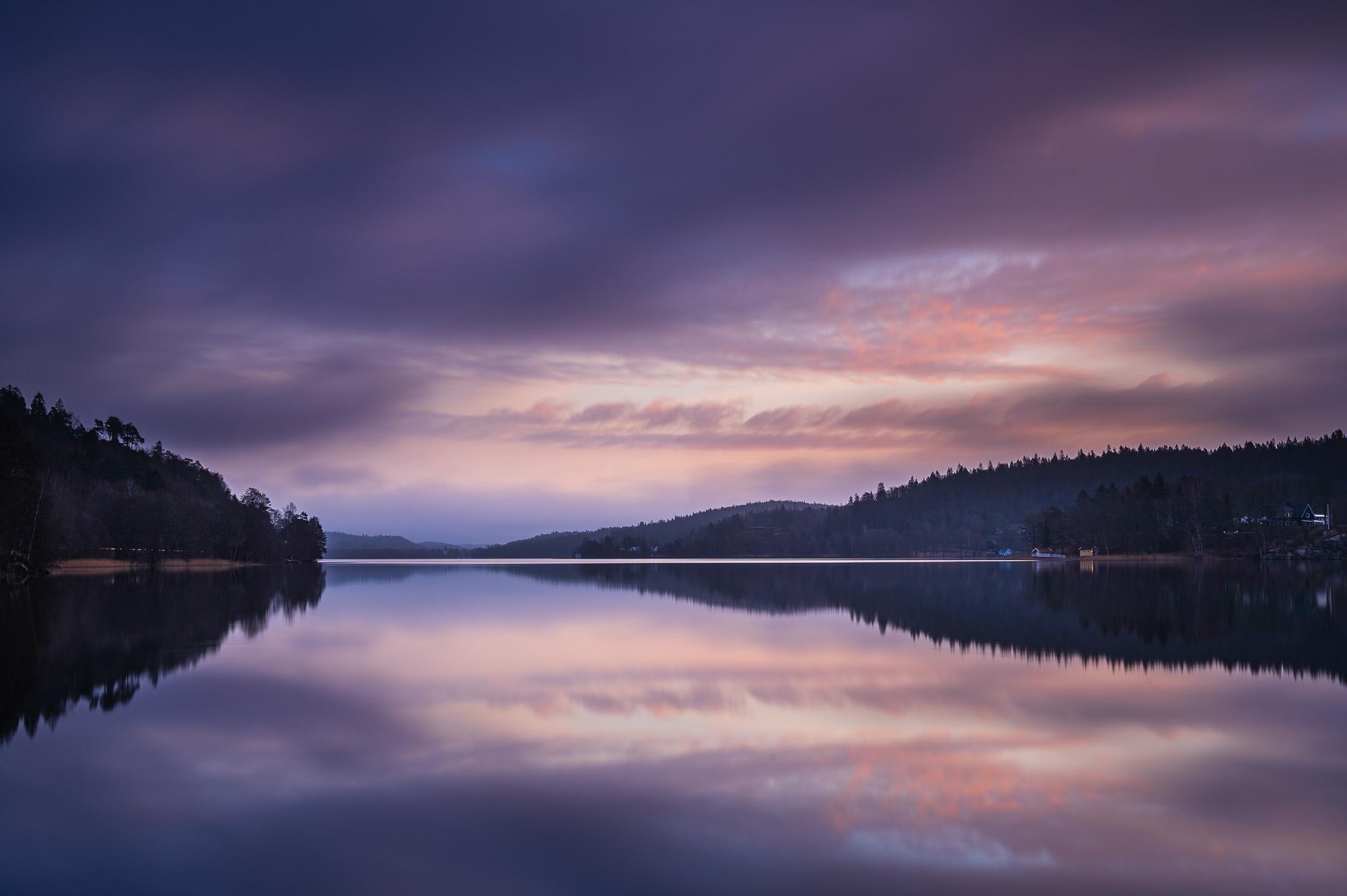 Gryning vid sjön Gröen, Härryda kommun
