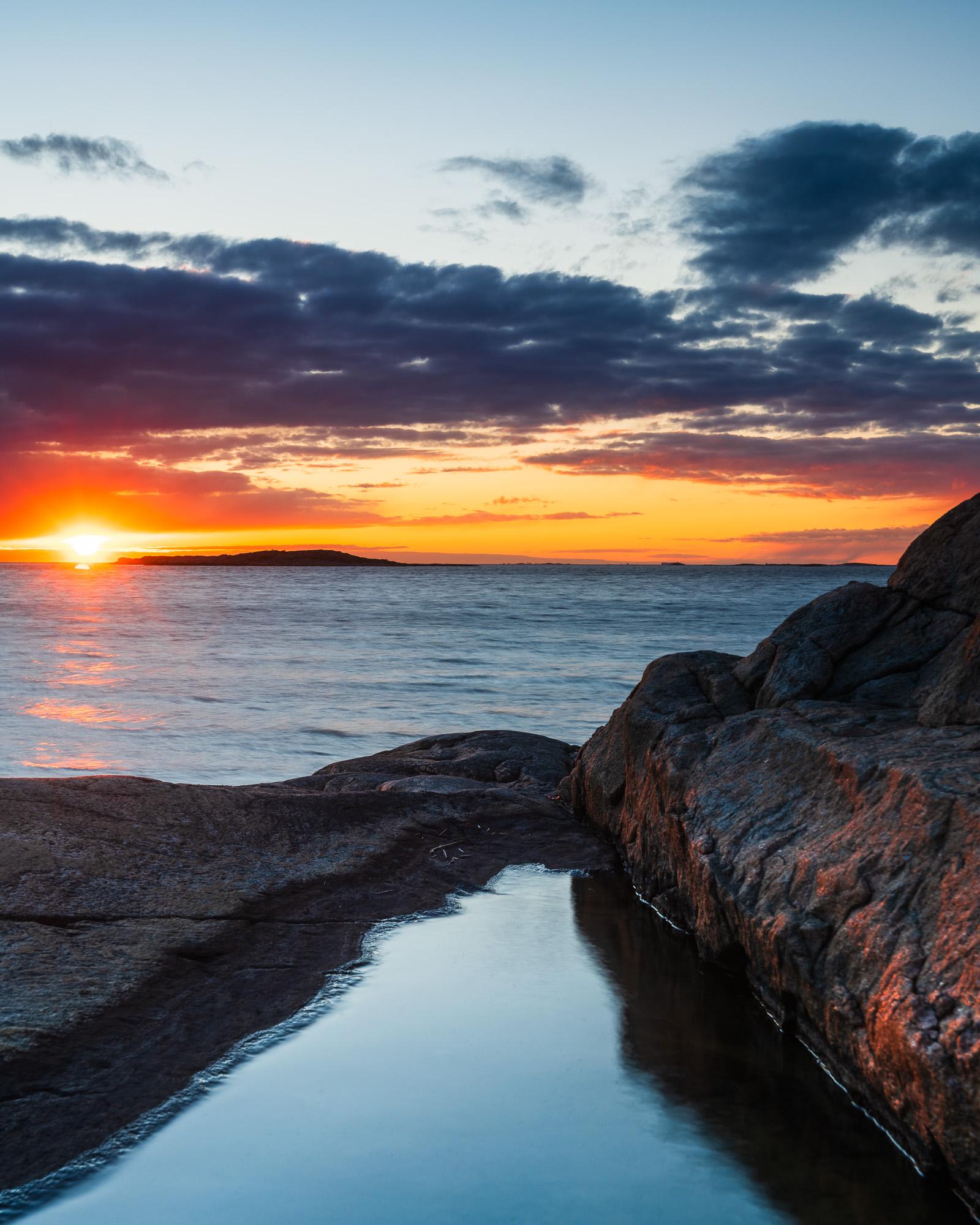 Solnedgång vid Vallda Sandö, Halland.